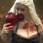 daenerys-cosplay-heart