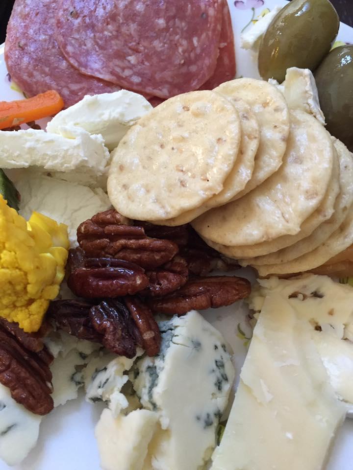 snack-report-meatsandcheeses